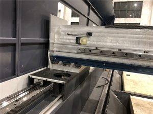 шағын өлшемді дәлдік талшықты лазерлік кесу машинасы автоматты позиция 800 ватт